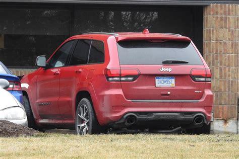 jeep trackhawk 2018 jeep grand cherokee trackhawk first spy shots gtspirit