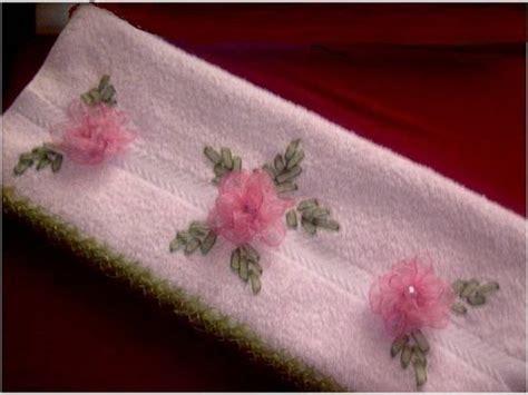 como hacer bordados con flores de liston flores de liston para servilletas imagui