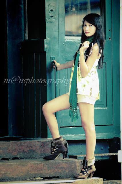 Jilbab Indah spg profile foto cantik indah permatasari