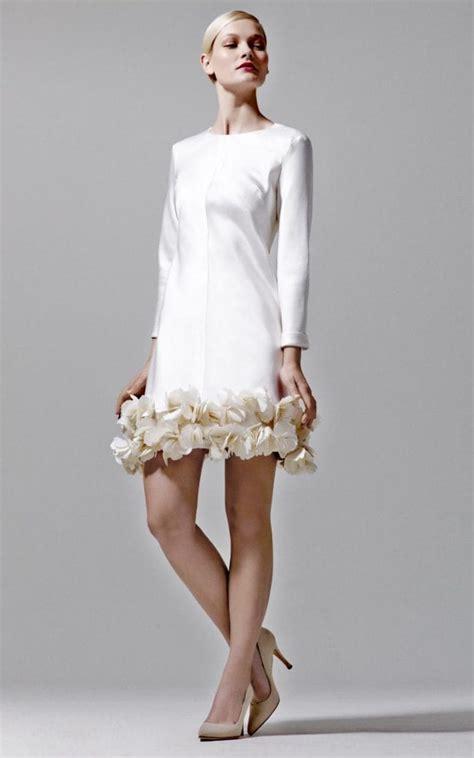 tips  choosing wedding dresses  older brides