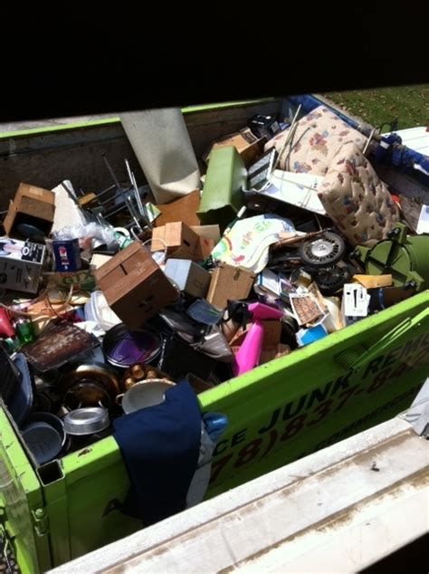 house cleanout service house clean out in atlanta advance junk removal