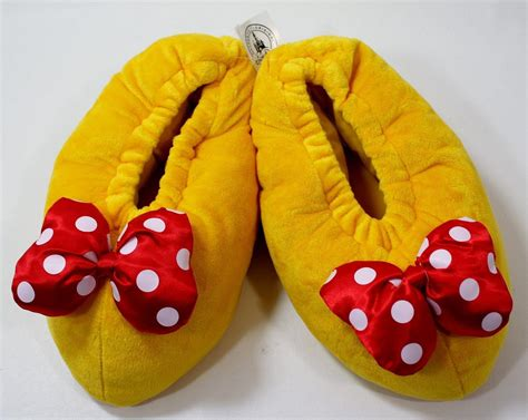minnie mouse shoe slippers disney parks minnie mouse plush house from aircrate