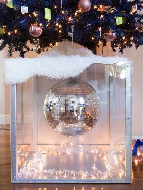 Agradable  Arboles De Navidad Adornos #7: Decoracion-navidad-bola-discoteca-arbol-navidad.jpeg