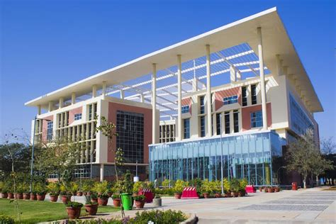 Bml Munjal Mba Fees by Admissions In B Bba Mba B Tech Courses At Bml