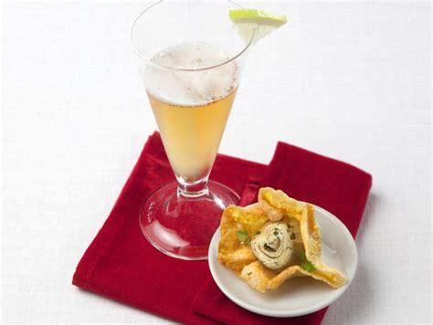 aperitivi fatti in casa a casa prepara e stuzzichini donna