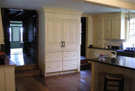 period kitchen cabinets colonial kitchens peropd authentic colonial kitchens by