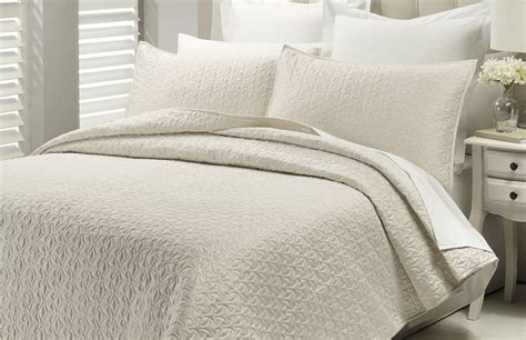 Savoy Coverlet Set
