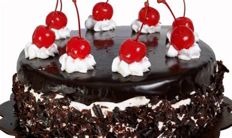 membuat olesan kue tart 4 resep kue tart rumahan yang sederhana dan lumer di mulut