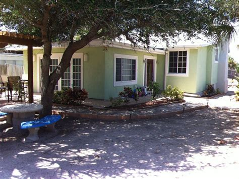 oceanfront beach cottage with pool homeaway cocoa beach