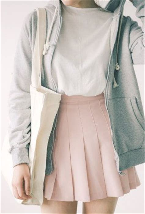 white tee skater skirt  hoodie pink matched