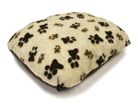 fleece dog bed j and m pet beds ltd fleece dog bed