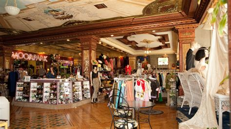 best shops in la the insider s guide to melrose avenue the best places for vintage clothing in los angeles