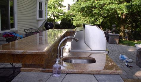 Outdoor Countertop Grills by Outdoor Countertop With Sink And Grill Let S Get Stoned