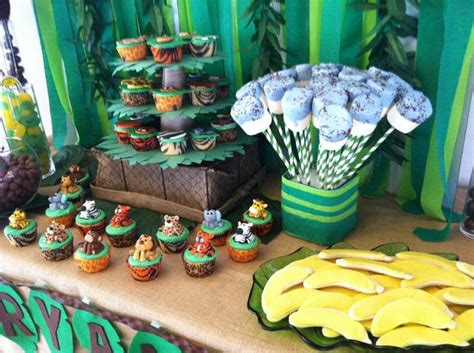 Animal Safari Baby Shower Decorations by Jungle Safari Baby Shower Baby Shower Ideas Themes
