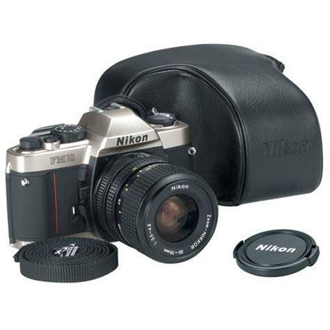 nikon fm 10 35mm slr camera body kit, 35 70mm lens, usa 1689