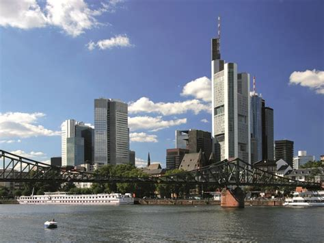 hotel at frankfurt airport booking for steigenberger airport hotel