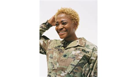 usaf approved hairstyles vogue honors natural hair in the military lisa a la mode