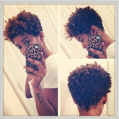 tapered naturally curly short hair on african american women short naturally curly hairstyle for african american women