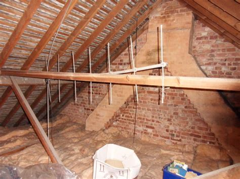 semi detached house hip  tiled gable  flat