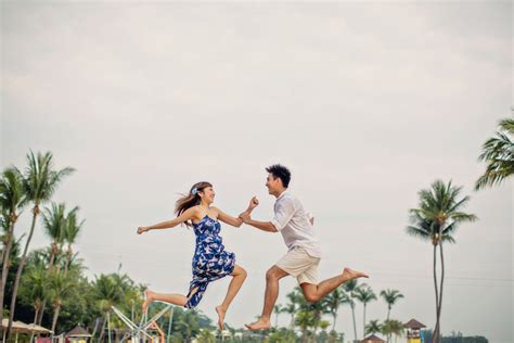 Casual Wedding Photoshoot by Engagement Photography Singapore Engagement Shoot