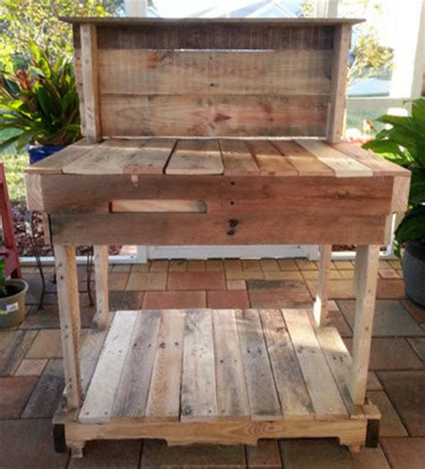 wood pallet potting bench pallet wood potting bench by jose lumberjocks com