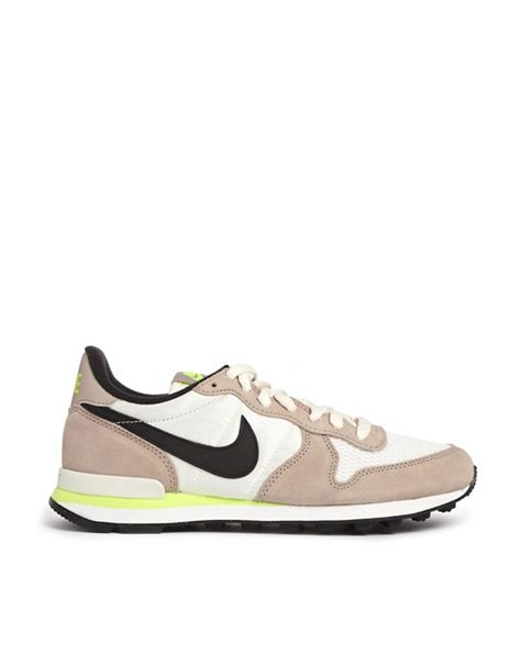 Nike Internationalist Grey Black nike nike internationalist grey black trainers