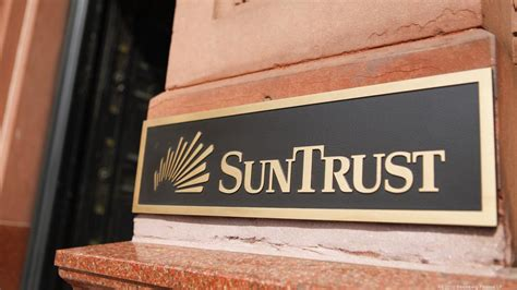 Suntrust Finder Suntrust Among Best In Bank Reputation Survey Orlando Business Journal