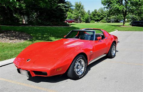 vintage corvette stingray your guide to vintage corvette stingrays ebay