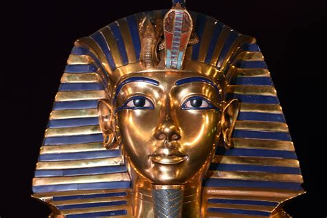 tutankhamun biography facts study shows that king tut s dagger was made from a meteorite