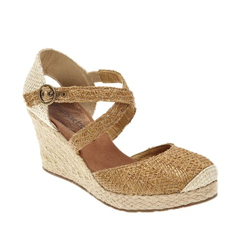 coconuts sandals sandals price coconuts by matisse s wedge