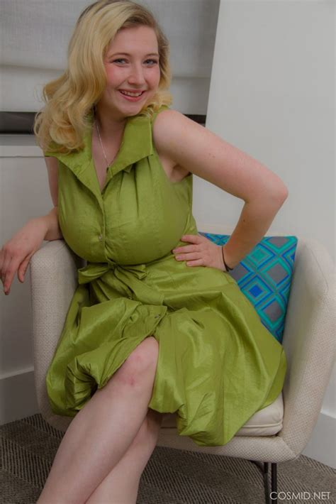 mim turner green dress cosmid curvy erotic