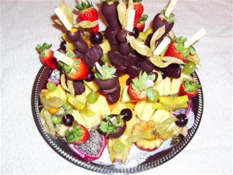 Obstplatte Anrichten by Quot Ananastasya Quot Fruchtige Fingerfoods