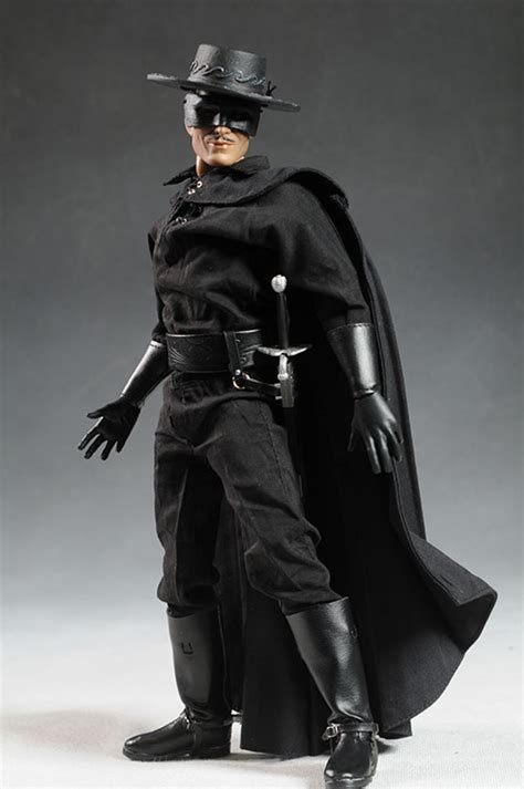 review and photos of zorro sixth scale figure by triad toys