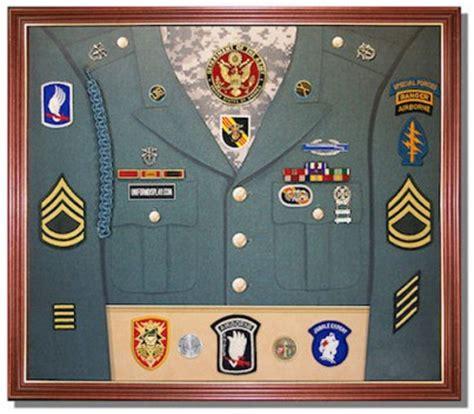 uniformdisplay.com announces new uniform display cases for