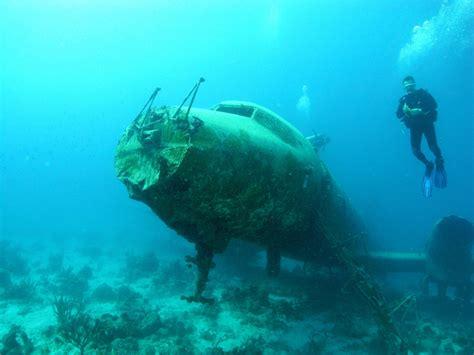 catamaran hundido en cozumel the convair 400 world ship wrecks