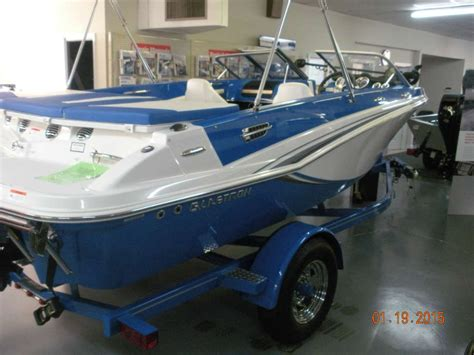 glastron boat dealers in nc 2014 glastron gtsf 185 18 foot 2014 glastron gt motor