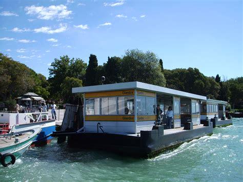 barco de vapor sinonimos pont 243 n
