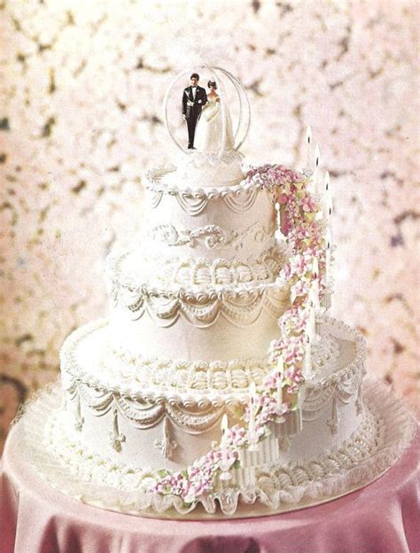 Wilton Wedding Cakes by The Wilton Book Of Wedding Cakes 1970s Cake Decorating
