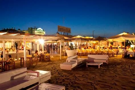 bagno fantini cervia sedute sulla spiaggia di giorno picture of fantini club