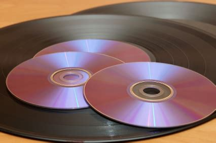 why vinyl sounds better the math why compact disc s sound better than vinyl