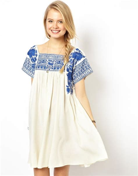 embroidered swing dress 25 best ideas about mexican embroidered dress on