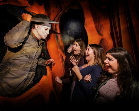 themes of halloween horror nights top 2016 october events activities in los angeles 171 cbs