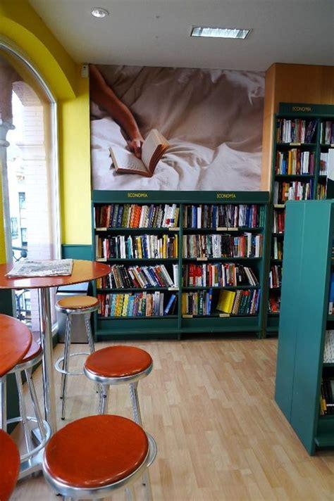 librerias sevilla librer 237 a casa del libro vel 225 zquez 8 sevilla