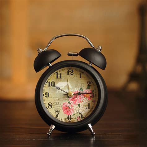 small alarm clock whiteblack metal battery operated silent