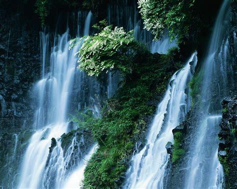 koleksi wallpaper pemandangan alam air terjun natural