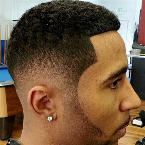 types of fade haircuts pictures types of fade haircut for black men different haircuts for