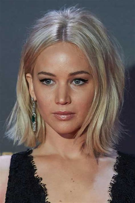 is jennifer lawrence hair cut above ears or just tucked behind 20 best jennifer lawrence with short hair short