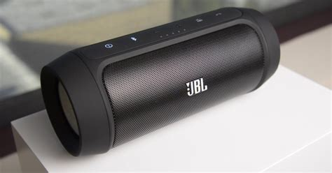 Speaker Jbl Charge 2 on with jbl s charge 2 bluetooth speaker digital trends