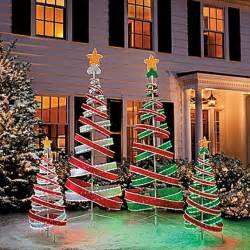 Outdoor Christmas Decor by 60 Trendy Outdoor Christmas Decorations Decorating