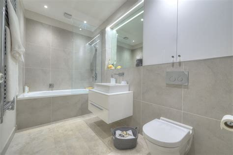 bathroom escape bathroom escape grey walls renaiss silver floor